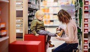 Buty zimowe dla małych księżniczek i małych superbohaterów. Wygodne i bardzo modne