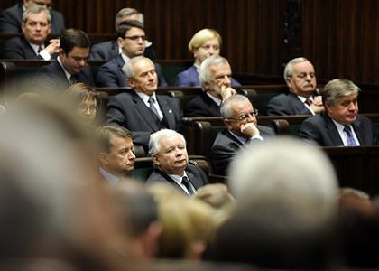 PiS chce nadzwyczajnego posiedzenia sejmowej komisji ws. Pendolino