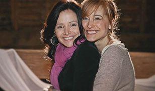 Na zdjęciu: Sarah Edmondson i Allison Mack. Obie były członkiniami NXIVM
