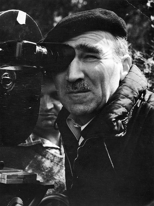 """Aleksander Ford na planie filmu """"Pierwszy dzień wolności"""", 1964"""