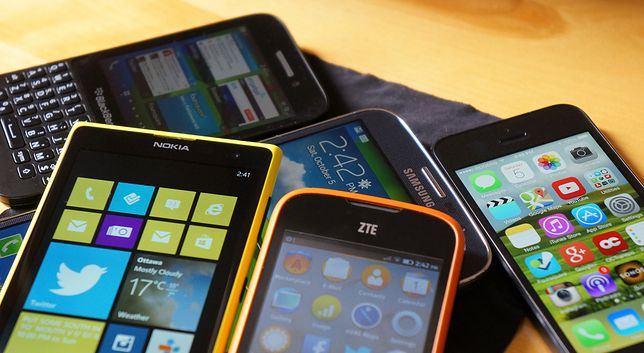 Z zużytych smartfonów można odzyskać wiele cennych surowców