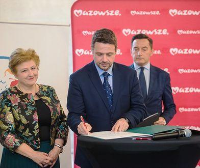 Prezydent Warszawy Rafał Trzaskowski podpisał deklarację współpracy dotyczącą poprawy jakości powietrza.