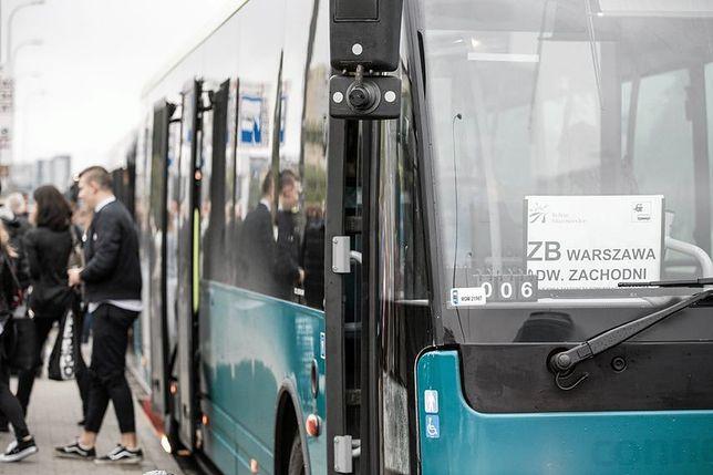 """Burmistrz podwarszawskiej gminy """"zawstydził"""" PKP. Uratował mieszkańców od rocznego remontu?"""