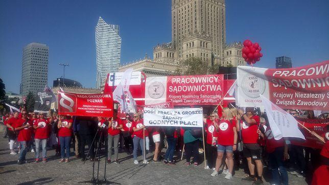 Warszawa. Protest pracowników sądów