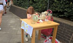 Dziewczynka ukarana grzywną za sprzedaż lemoniady. Teraz ma setki ofert pracy