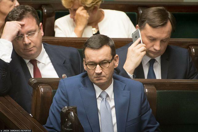 """""""Potrafi podawać wiele liczb"""". Minister pytany o zalety Morawieckiego"""