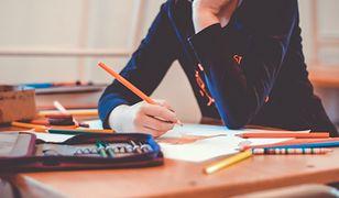 Zdalne nauczanie. Ponad 150 szkół funkcjonuje w trybie mieszanym
