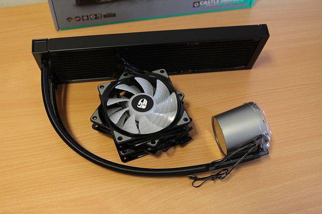 Castle 360RGB V2 plus pakiet wentylatorów.