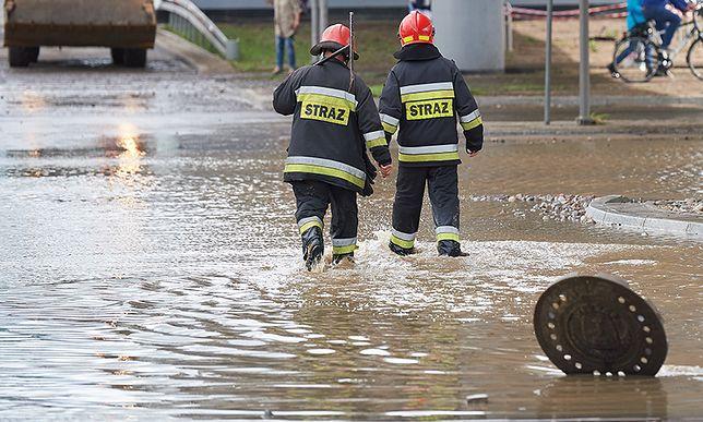 Ulewy na Polską. Strażacy mają pełne ręce roboty