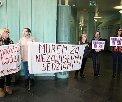 """""""FAZ"""": Polsce grozi izolacja w europejskiej wspólnocie prawnej"""