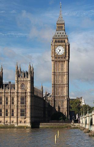 Anglia zmienia przepisy związane z koronawirusem - szykują się ułatwienia dla zaszczepionych
