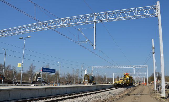 Dąbrowa Górnicza. Widać pierwsze efekty prac przy przebudowie dworca kolejowego.