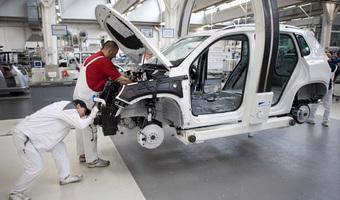 Chińczycy kupują Peugeota i Citroena