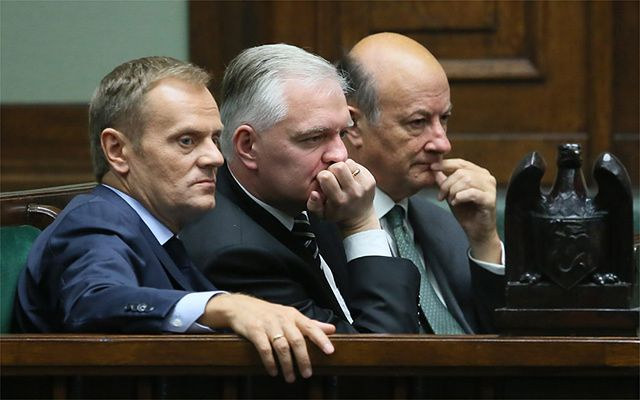 Gigantyczny spadek poparcia dla Tuska i jego rządu