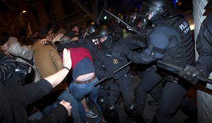 Tłum wyszedł na ulice po piątkowej decyzji hiszpańskiego Sądu Najwyższego