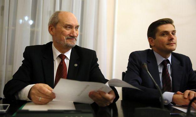 Kownacki: za czasów PO wojskowa asysta honorowa była dla zbrodniarzy komunistycznych