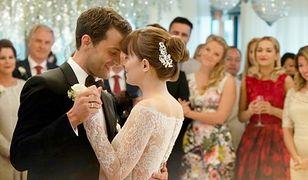 Zobaczyły zwiastun i zakochały się w sukni ślubnej. Przyszłe panny młode już jej szukają