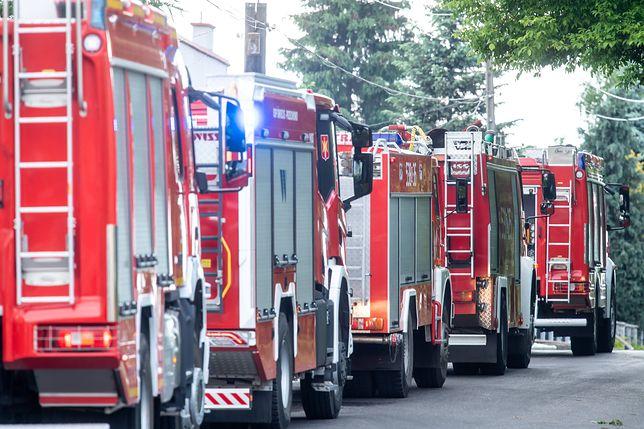 Warszawa. W akcji uczestniczyło sześć zastępów straży pożarnej [zdj. ilustracyjne]