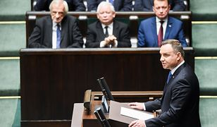 Prezydent Andrzej Duda w Sejmie. W tle prezes PiS Jarosław Kaczyński. Pałac wie, że Marian Banaś jest problem dla władzy.