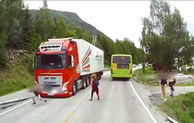Bohaterem jest kierowca, nie system Volvo.