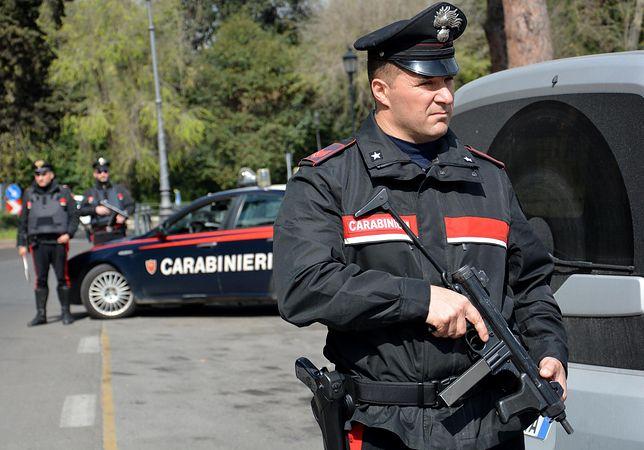 Włoska policja szuka sprawcy gwałtu na bezdomnej Niemce.