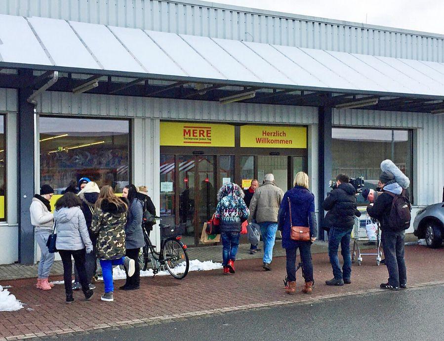 W Polsce Mere ma jeden market. Jest obecny również w NiemczechMere