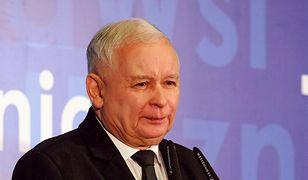 Partię Jarosława Kaczyńskiego popiera zdecydowanie mniej kobiet niż mężczyzn