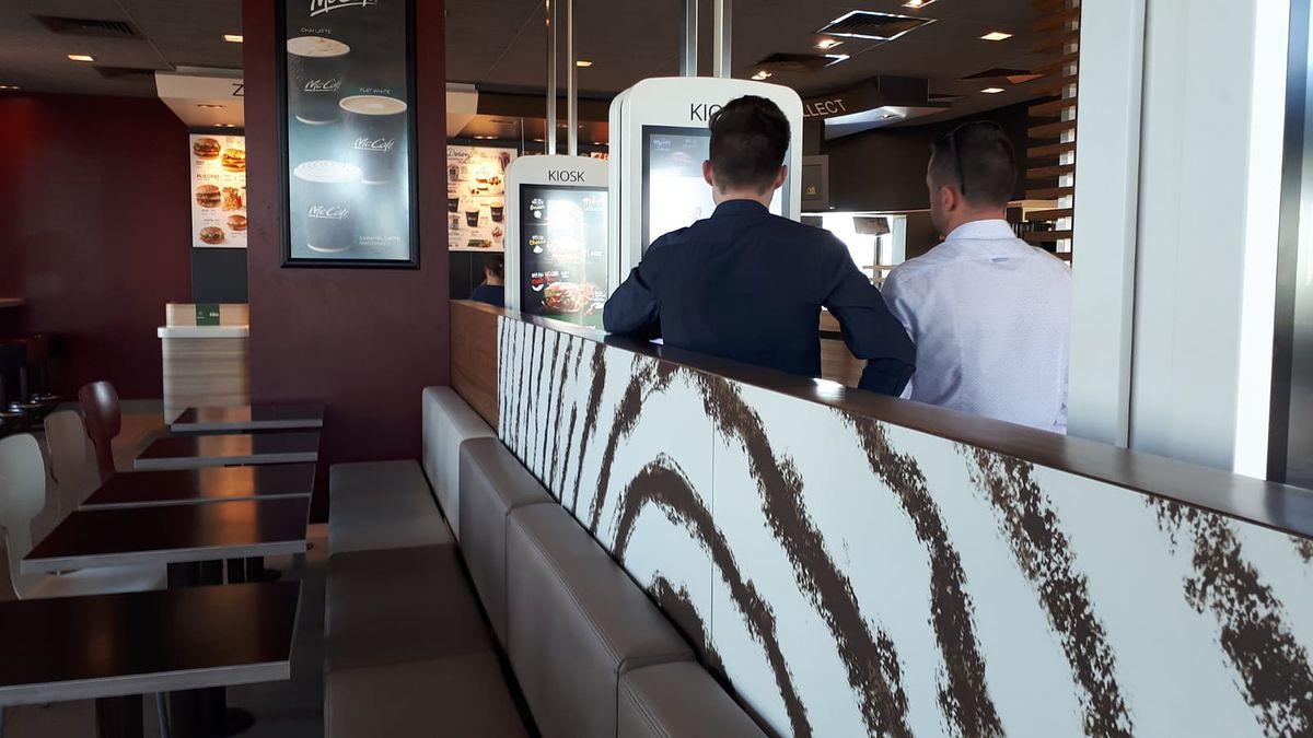 Wielkanoc w McDonald's. Big Mac zamiast żurku, lody zamiast makowca