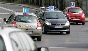 Prawo jazdy bez kursu teoretycznego i na dowolnym samochodzie