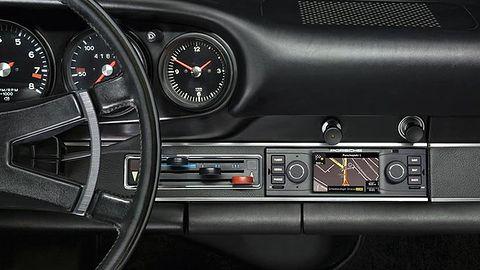 Radio Porsche z nawigacją i ekranem LCD unowocześni klasyczne auta