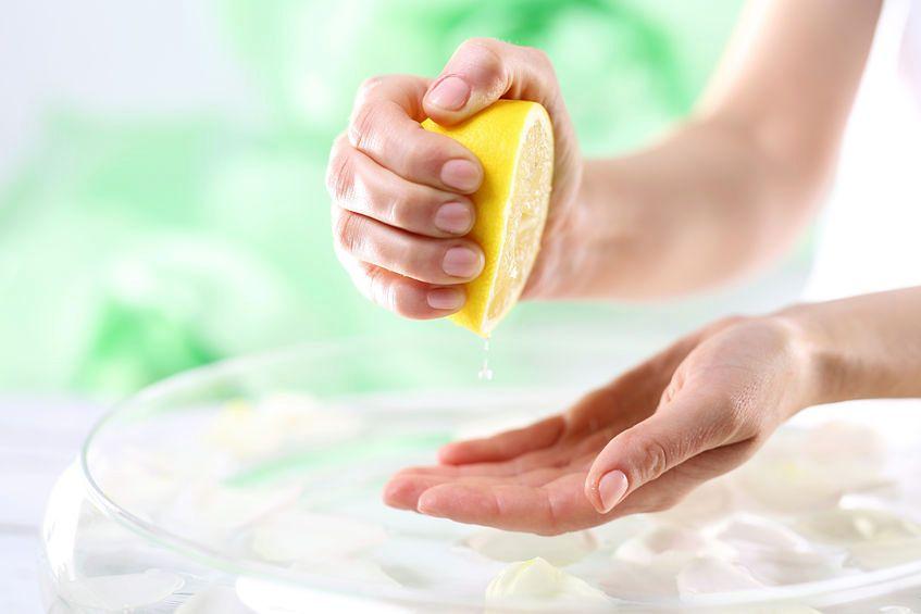 Cytryna usuwa przebarwienia
