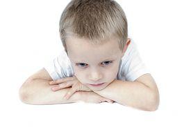 Objawy autyzmu u dzieci i diagnostyka spektrum