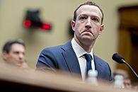 Apple zaszkodziło Facebookowi. Użytkownicy iOS nie chcą być śledzeni