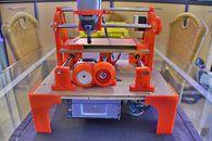 DIY — budujemy własną mini wycinarkę CNC, część 4  - Projekt nóżek autorstwa Krisa Wautersa