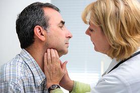 Ból gardła może być objawem raka