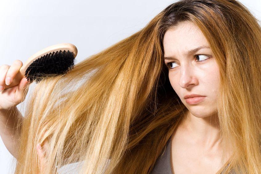 Co kryje szczotka do włosów?