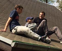 Premier na dachu z dziećmi. Morawiecki świętuje Dzień Ojca