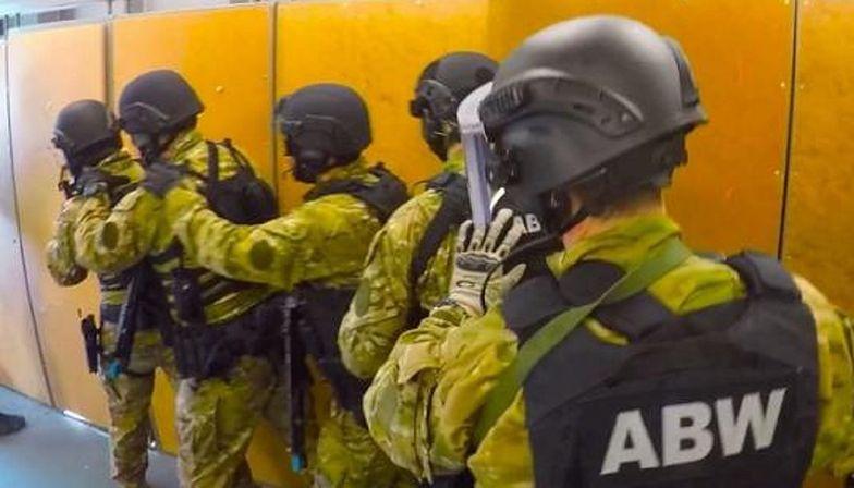 Realne zagrożenie terroryzmem w Polsce. Obywatel Indii zatrzymany