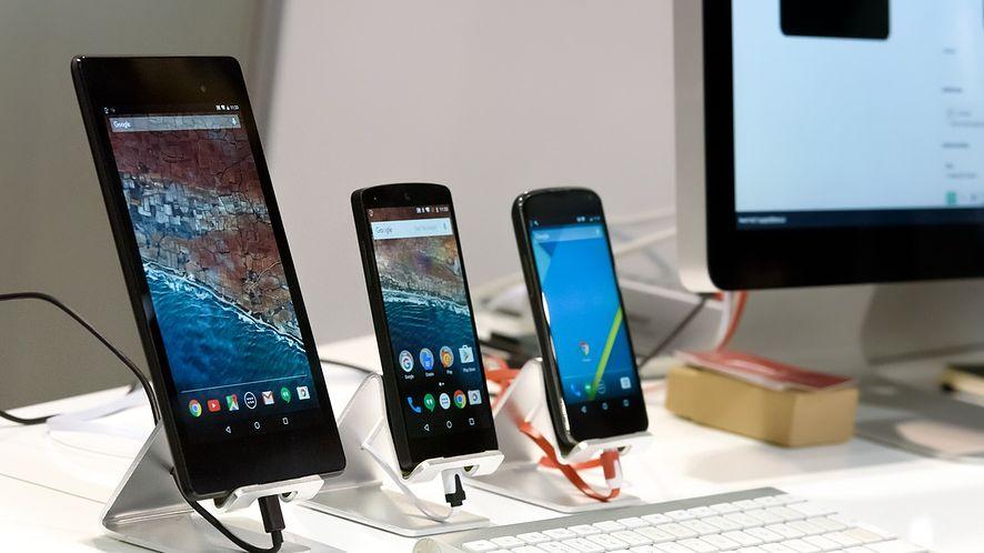 Te smartfony z Androidem dostaną aktualizacje szybciej i bez awarii