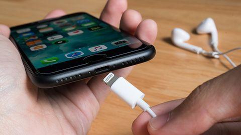 Unia Europejska nie zamierza wymuszać migracji Apple na USB-C. W świat poszedł fake news
