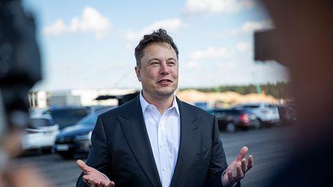 Tesla musi wycofać aż 135 tys. pojazdów. Chodzi o wadliwe ekrany dotykowe
