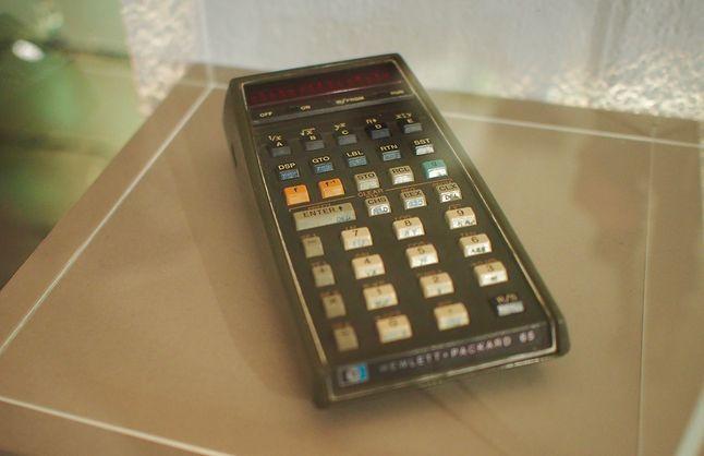 HP-65 - pierwszy programowalny kalkulator ręczny w kosmosie