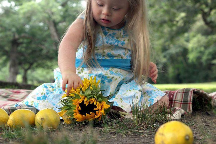 Pozwól dzieciom się bawić i fotografuj – wtedy wychodzą najlepsze zdjęcia