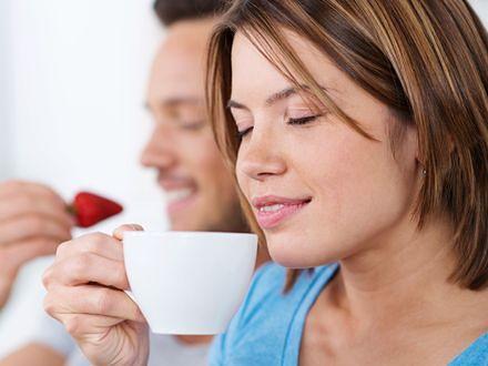 Chętniej wybieramy kawę niż alkohol czy seks?