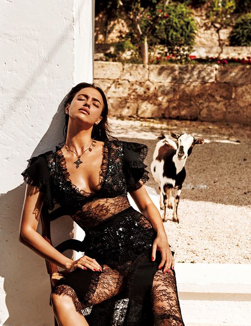 "Irina Shayk dla ""Vogue Japan"""