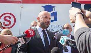 Wrocław. Szpital na Borowskiej ma najnowocześniejszą karetkę w Polsce. Kosztowała ponad 1 mln zł
