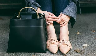 Buty i dodatki ze skóry pasują do klasycznych stylizacji
