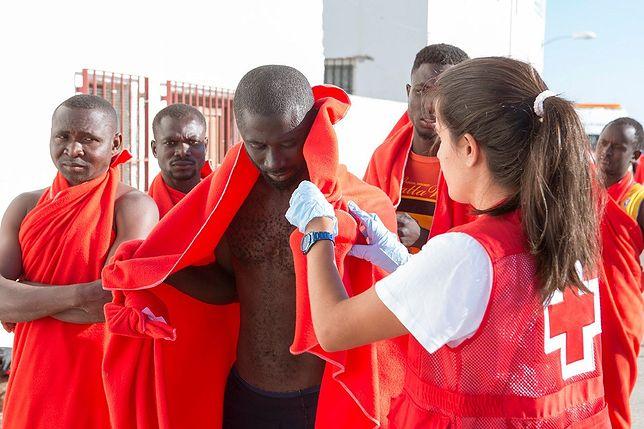 Imigranci uratowani przez hiszpańską Straż Przybrzeżną