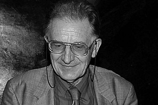 Prof. Jerzy Tomaszewski