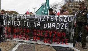 Uczestnicy manifestacji w Warszawie, organizowanej przez ONR